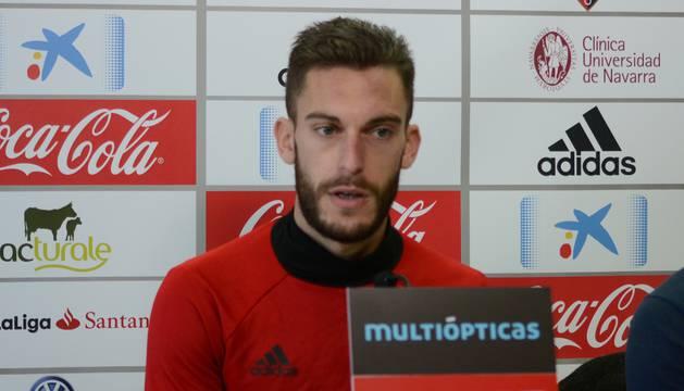 Roberto Torres, en la sala de prensa de Tajonar.
