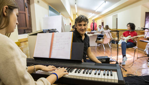 Alumnos del conservatorio Fernando Remacha de Tudela durante una de sus clases.