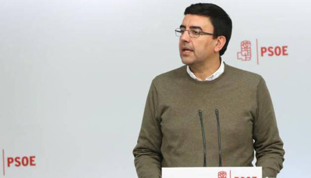 El portavoz de la gestora del PSOE, Mario Jiménez.