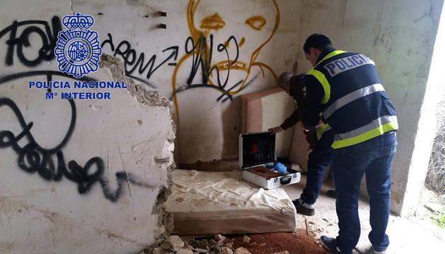 La casa abandonada en Alicante donde el menor mantuvo relaciones sexuales con otras personas en presencia del detenido.