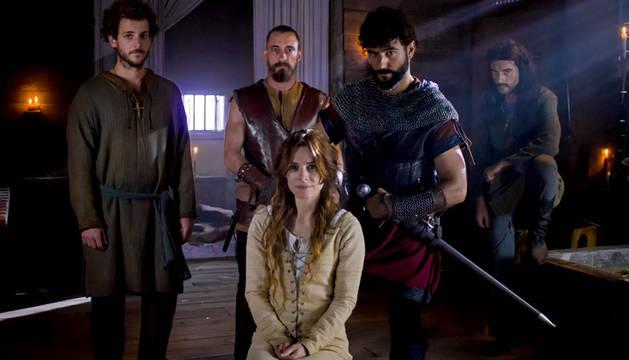 Los principales actores de la serie 'El final del camino'.