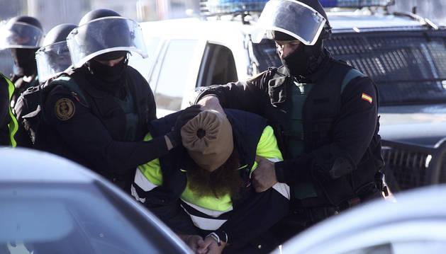 Detenidos dos yihadistas en Ceuta preparados para actuar