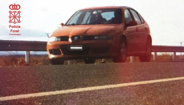 El vehículo, interceptado a 184 km/h en Arguedas.