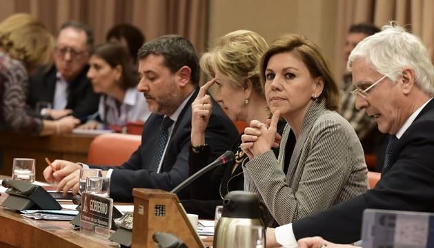 La ministra de Defensa, María Dolores de Cospedal comparece en el Congreso.