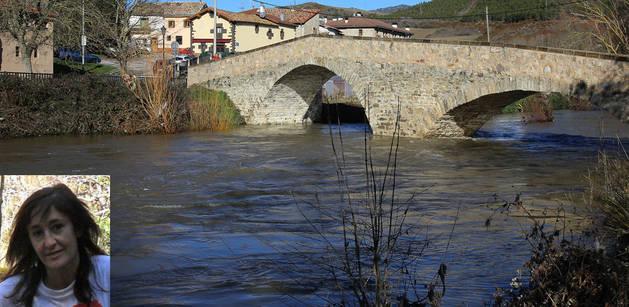 Imagen de este martes del puente de Arre desde el cual fue arrojado el cuerpo de Blanca Marqués.