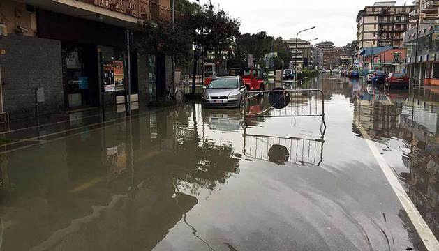 El centro de Italia se ve sacudido por un terremoto de magnitud 5,3