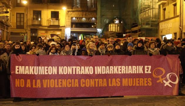 Imagen de la concentración en la plaza Consistorial de Pamplona.