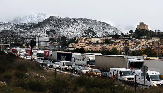 Cinco trenes, con 1.500 pasajeros, detenidos en Albacete por la nieve