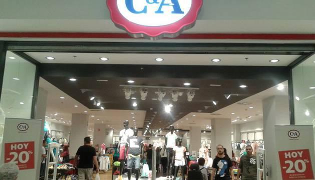 Una de las 106 tiendas de España