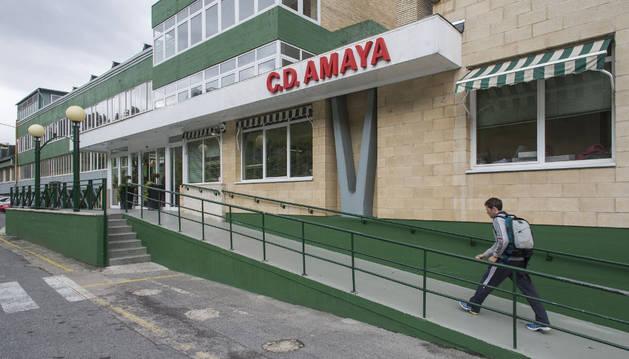 Imagen de la entrada a las instalaciones del CD Amaya