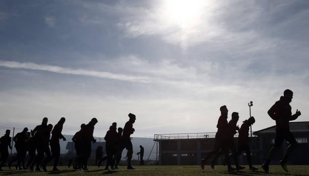 La plantilla de Osasuna durante el entrenamiento previo al partido contra el Sevilla