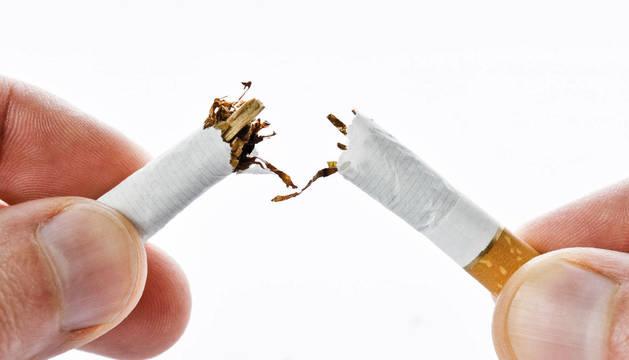 El propósito de romper con la exclavitud del tabaco, un clásico en enero.