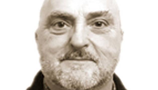 Antonio Esparza.