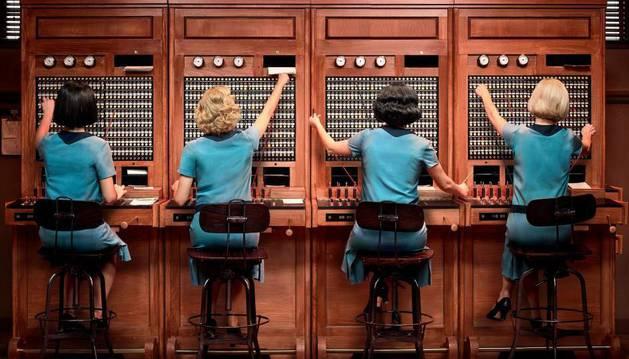 Primera imagen de la series 'Las chicas del cable'.