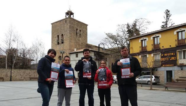Desde la izda., Aitziber Ugalde Martxueta (concejal), Arxel González García (alcalde txiki), Unai Lako Goñi (alcalde), Sheila Orradre Garde (concejal txiki) y Javier Ayanz Otano (concejal).