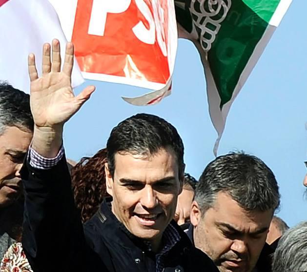 Cerdán (derecha), con Pedro Sánchez el pasado 28 de enero en Sevilla.