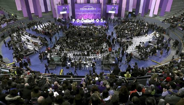 Imágenes de la primera jornada de la Asamblea Ciudadana Estatal de Vistalegre II que definirá el futuro de Podemos.