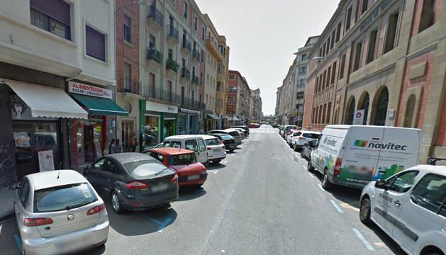 Imagen de la calle Bergamin de Pamplona, donde se ha producido el atropello.