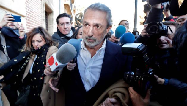 Anticorrupción pide el ingreso inmediato en prisión para Correa y Crespo
