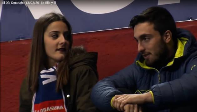 Momentos en el que la chica recrimina a su novio que acaba de decir que Morata es mal jugador.
