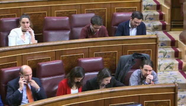 Errejón salta de la primera a la segunda fila junto a Rafa Mayoral y Alberto Garzón