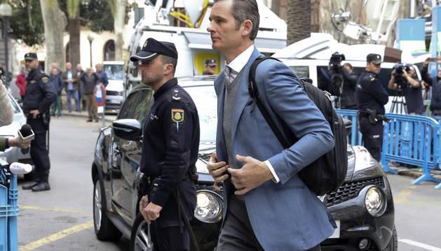 Iñaki Urdangarin, exsocio de Diego Torres, llega a la Audiencia de Palma.