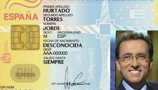 Usan 'la inmortalidad' de Jordi Hurtado para recordar que el DNI caduca