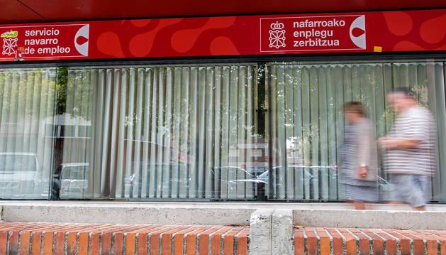 El paro registrado en febrero baja en 522 personas en Navarra