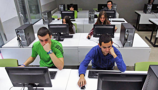 Trabajo diario por una enseñanza de calidad e integradora en el IES Mendillorri