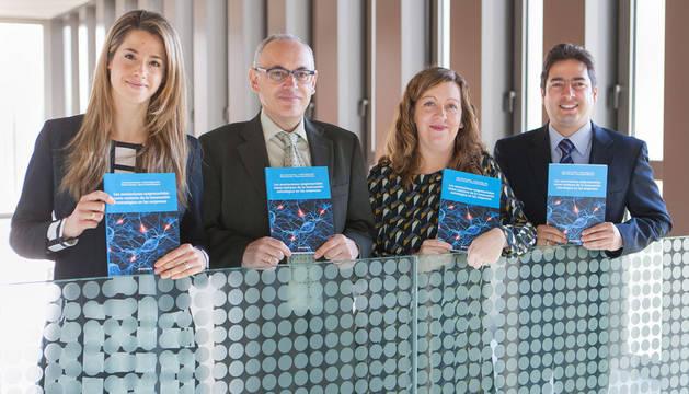 foto de Mónica Recalde, José Antonio Alfaro, María Isabel Rodríguez y Andrés Mejía, autores del estudio.