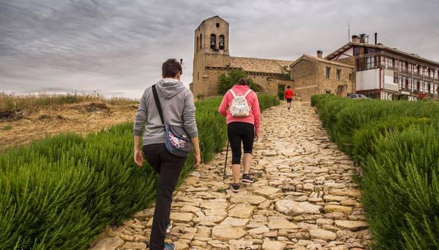 La imagen ganadora, de José Luis Zubiri, refleja un paseo familiar por la Valdorba.