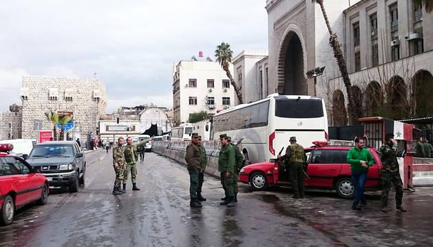Decenas de muertos en un atentado suicida en el Palacio de Justicia de Damasco
