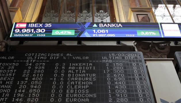 La Bolsa española subía a mediodía un 0,48 %, animada por el sector bancario y, en particular, por Bankia.