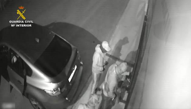 Imagen de momento de uno de los robos.