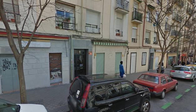 Imagen de la calle Juan de Urbieta a la altura del número 30, donde han tenido lugar los hechos.