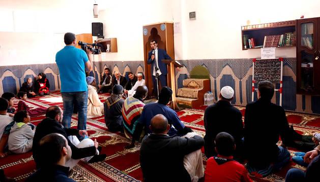 Imagen de la visita celebrada a la mezquita Ataqua de Ribaforada.