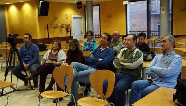 Imagen de los asistentes a la presentación de la Agenda Local 21 en Valtierra