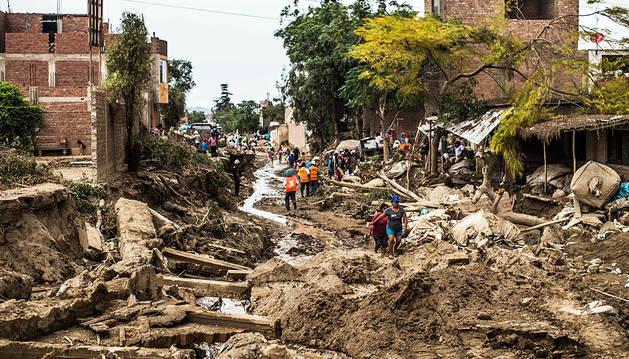 'El Niño' amenaza a Perú con más lluvias que ya se han cobrado 75 víctimas mortales