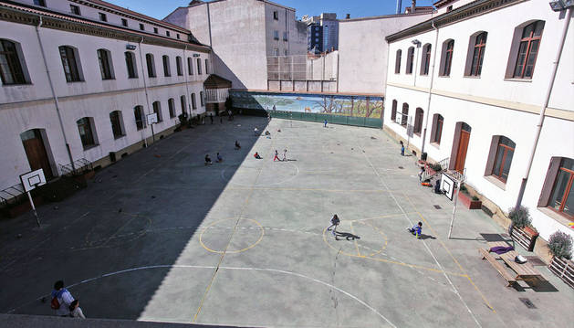 Patio sin cubrir del Colegio San Francisco