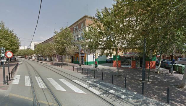 Imagen de la calle Montdúver de Valencia, donde residía la anciana fallecida.