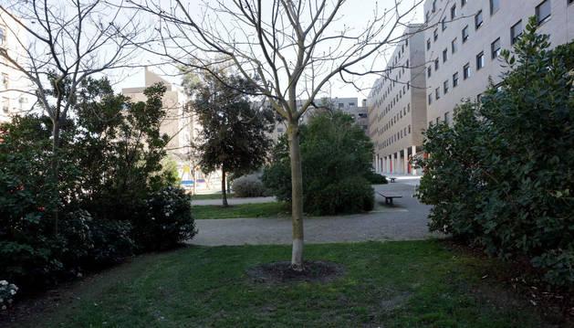 Vista de la plaza Puertas de Aranguren en Sarriguren.
