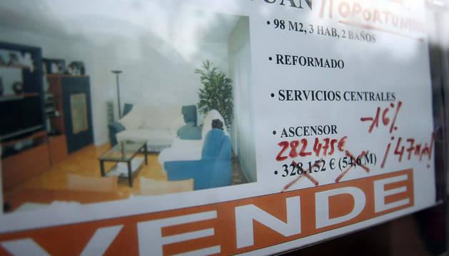 Un anuncio recoge la venta de un piso de segunda mano.