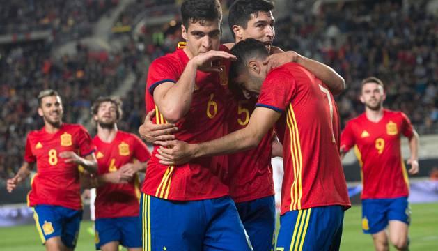 Mikel Merino celebra el gol marcado a Dinamarca sub-21.