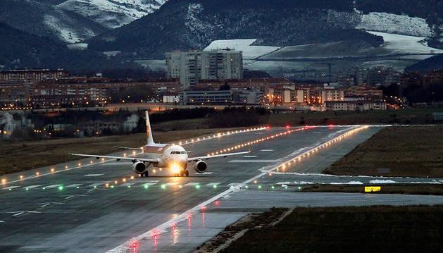 El Aeropuerto de Noáin