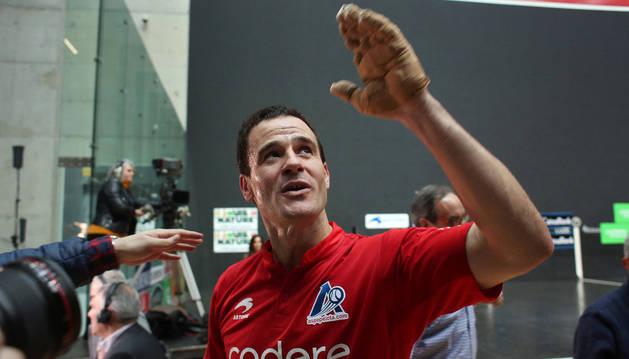 Abel Barriola, en el último partido que jugó en el frontón Bizkaia de Bilbao.