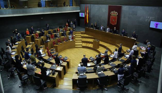 Debate sobre la derogación de la Ley de Símbolos de Navarra en el pleno del Parlamento.