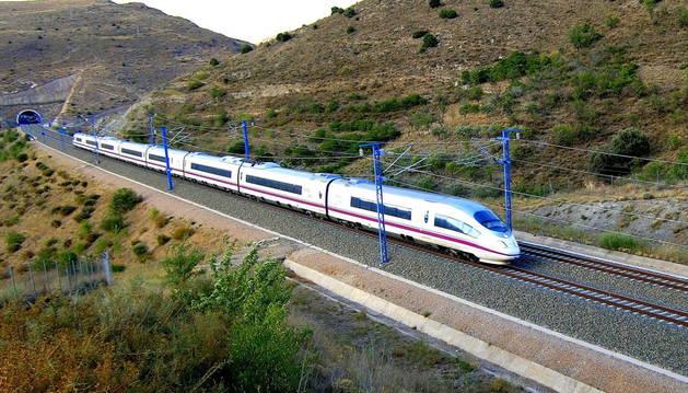 Imagen de un tren de alta velocidad.