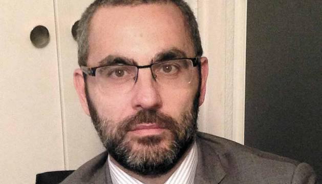 Javier Creixell Catalán, director general del Magnesitas Navarras.