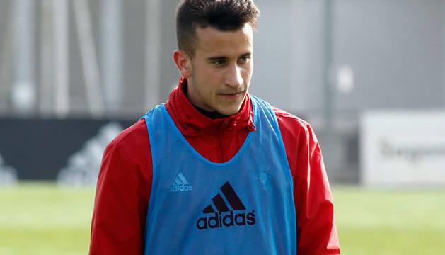 Imagen del jugador de Osasuna Berenguer en un entrenamiento.
