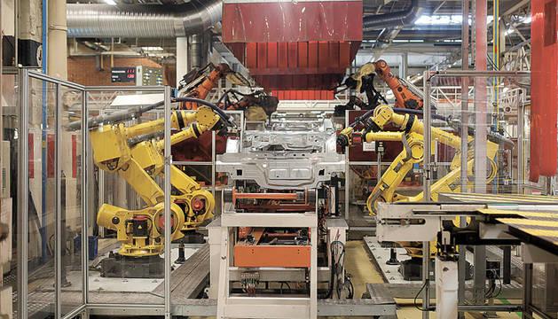 Aunque los robots son una realidad en las industrias, la reducción de costes y la llegada de la inteligencia artificial va a multiplicar su utilización.